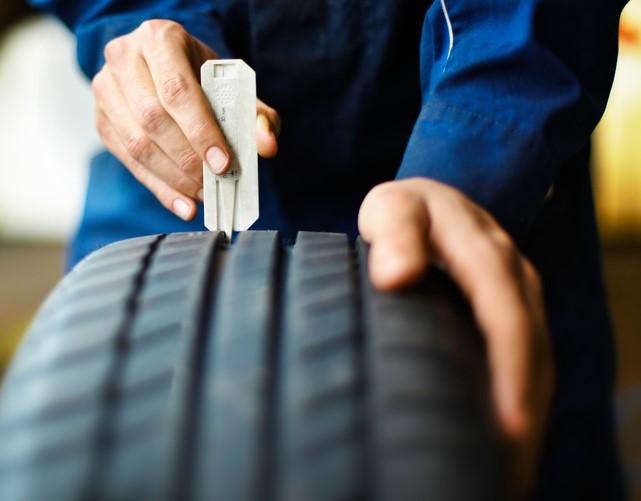 Reifenanfrage - Profiltiefe prüfen