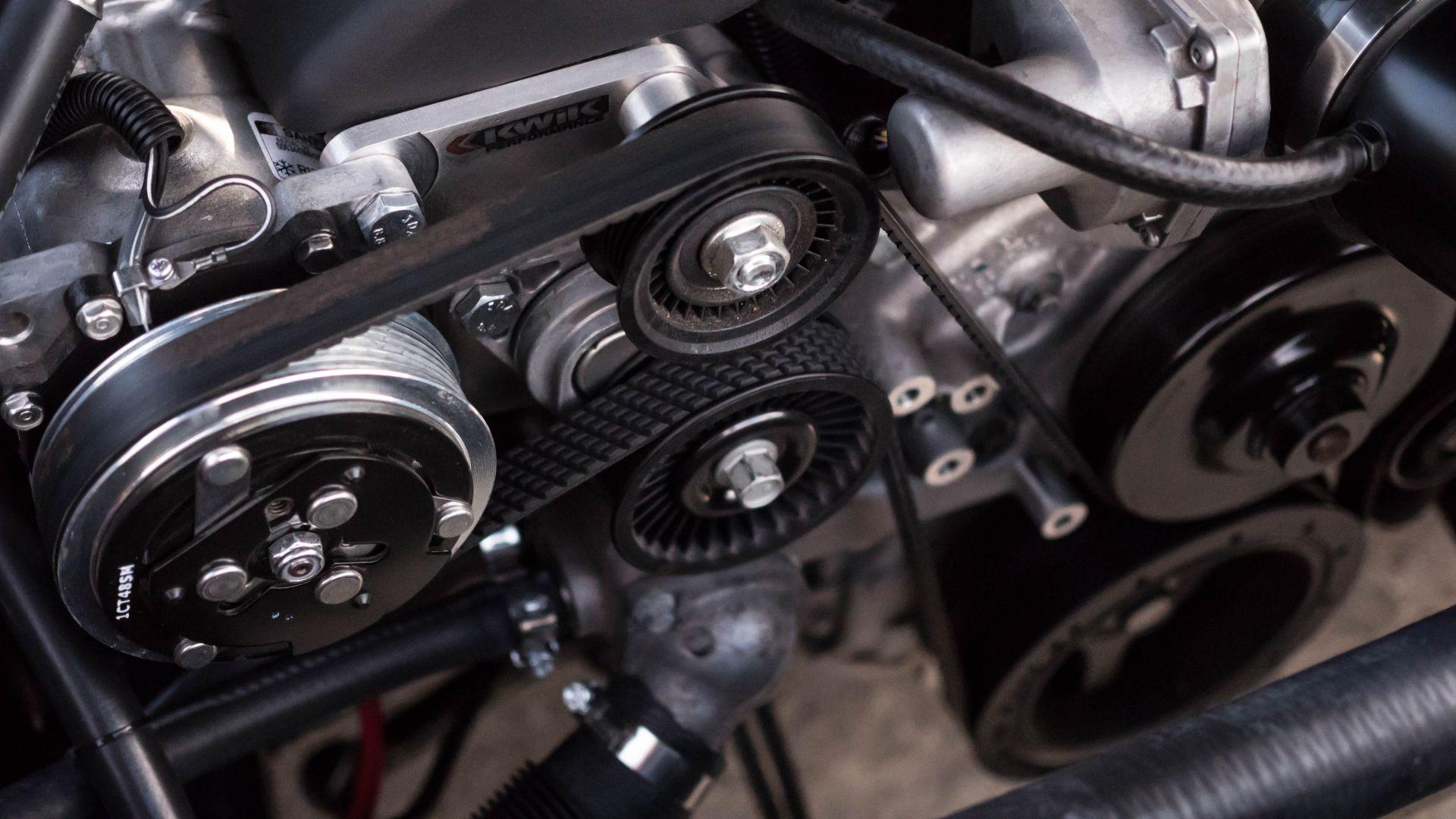 Pneu Schaller Service - Motor - chad-kirchoff-xe-e69j6-Ds-unsplash